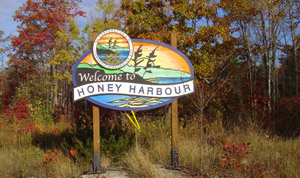Honey Harbour Welcome sign