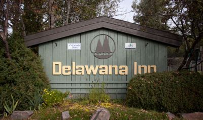 Delawana Resort Sign Muskoka