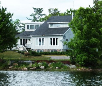 Victoria Family Cottage Rental in Muskoka - Delawana Resort