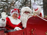Honey Harbour's Mr and Mrs Claus