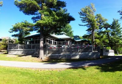 The Narrows Grill Restaurant in Honey Harbour on Georgian Bay